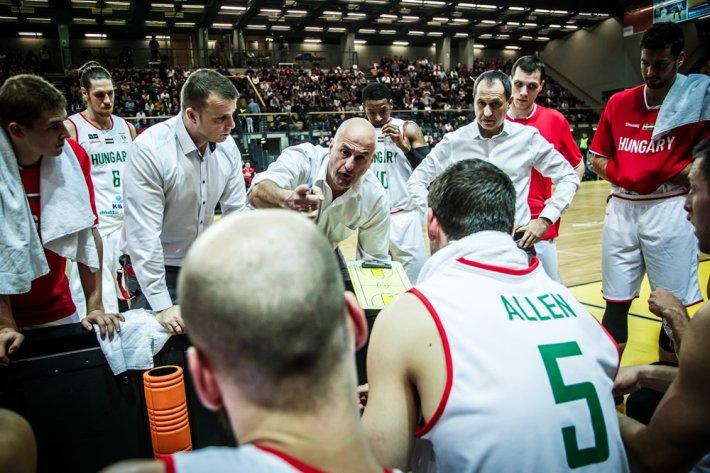 Nem mozdult el a világranglistán a magyar válogatott