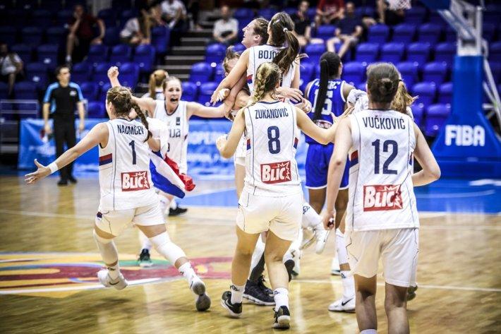 Spanyol-szerb döntő az U20-as női Eb-n