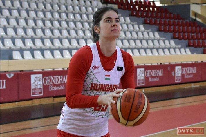 Szabó Fanni is a női válogatott keretében