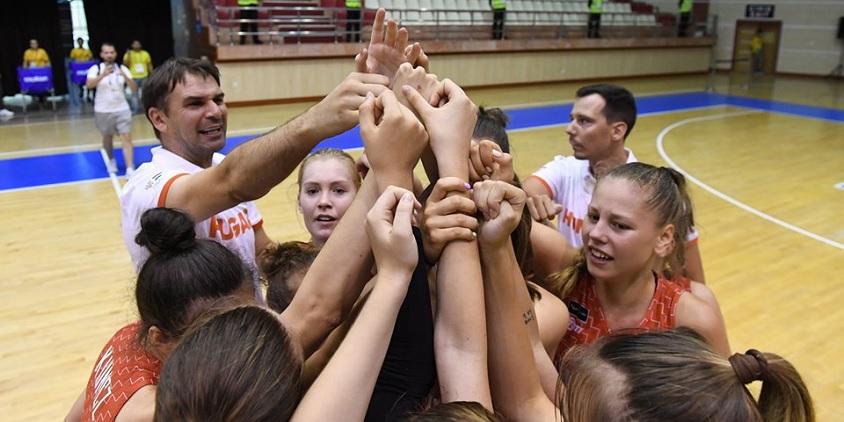 Ezüstérmes lett U16-os lány válogatottunk az EYOF-on