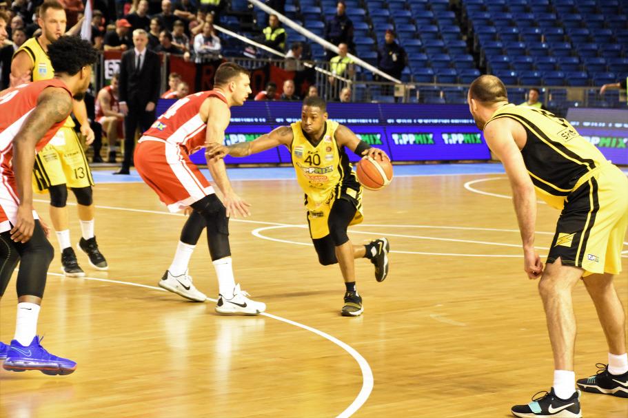 Debrecen és Pécs lesz a két kupadöntő házigazdája
