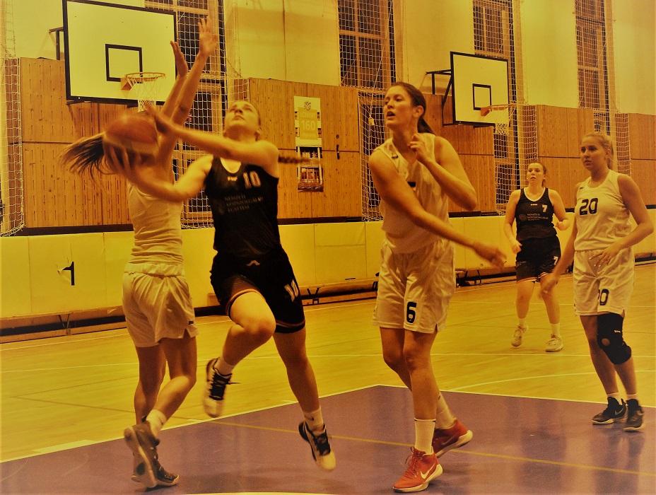 Egyetemi bajnokság, nők: Közgáz-diadal a fővárosi derbin