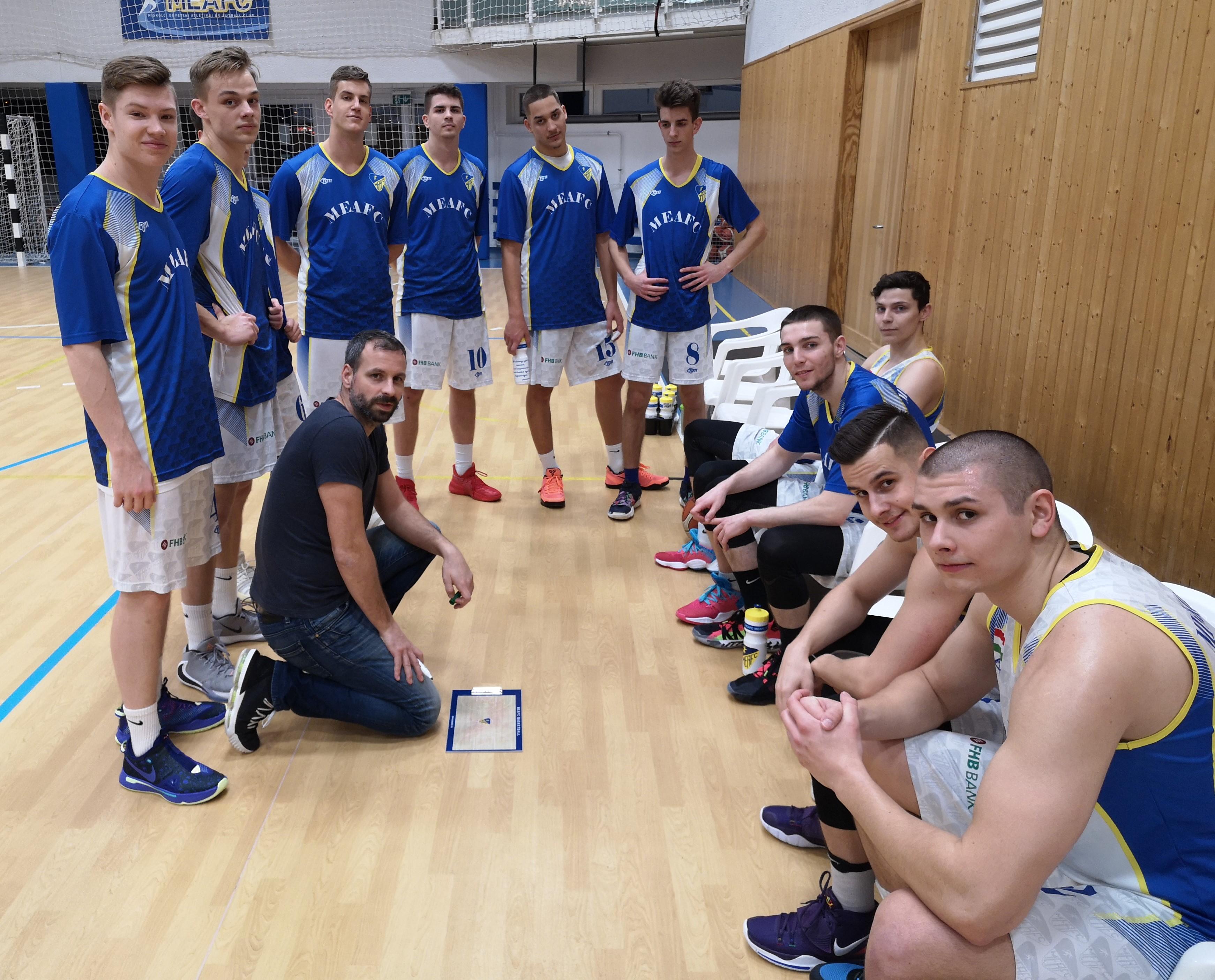 Egyetemi bajnokság, férfiak: A Miskolc megfosztotta veretlenségétől a címvédő TF-et