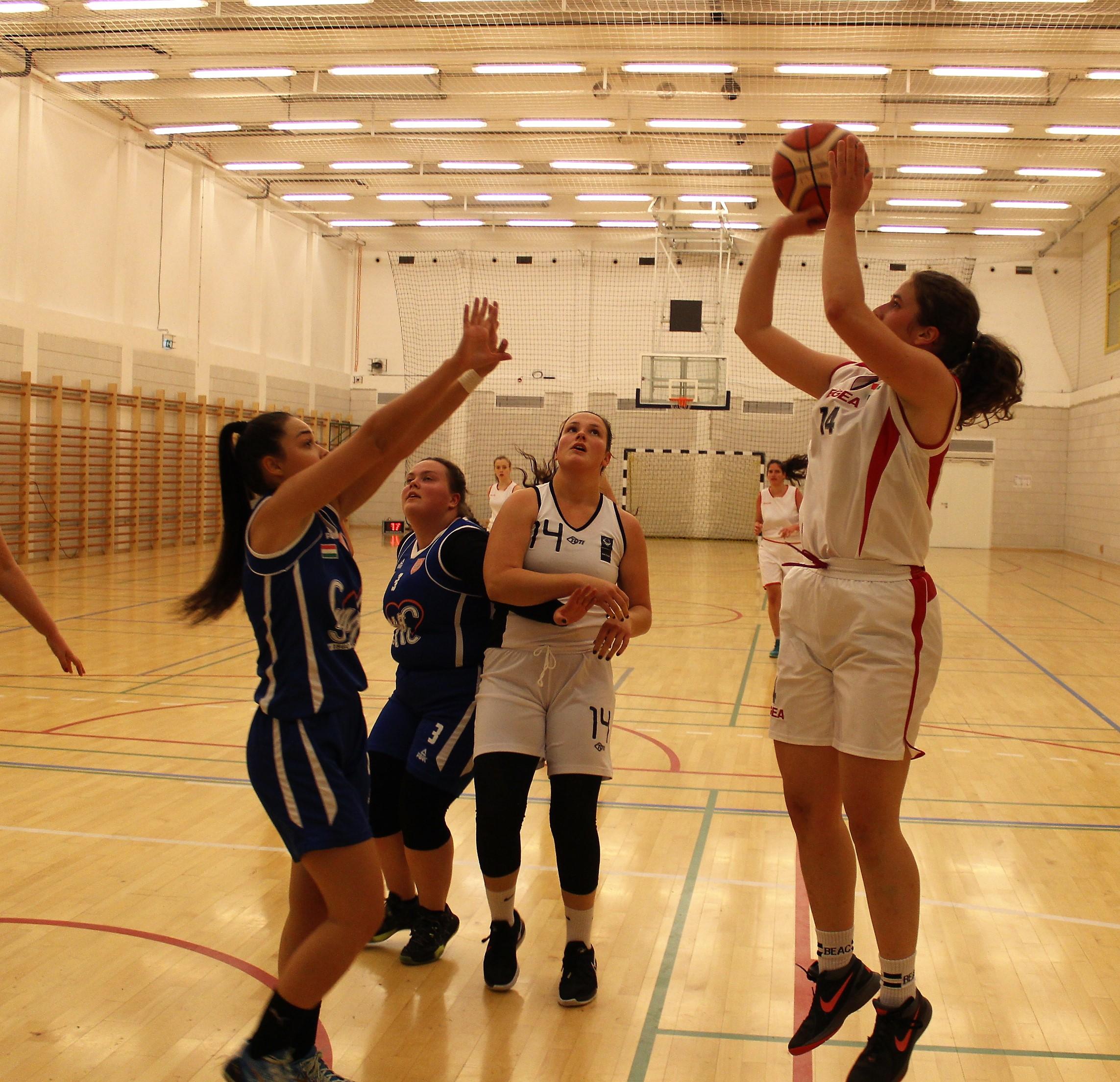 Egyetemi bajnokság, nők: Rangadót nyert az ELTE és a Győr