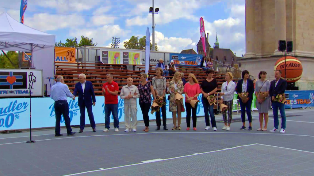 Kosárlabdázás napja: legendák lépten-nyomon