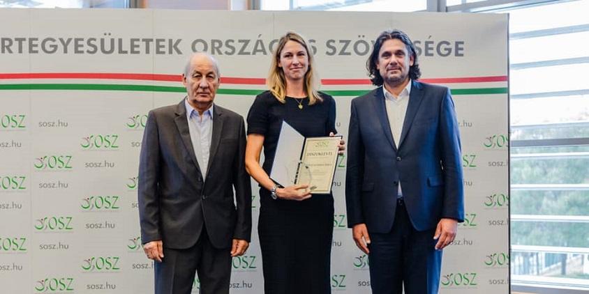 Rangos díjat vehetett át Ivkovicné Béres Tímea